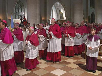 Kirche ohne Priester?
